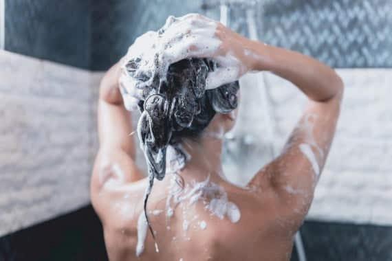 Haare waschen richtig