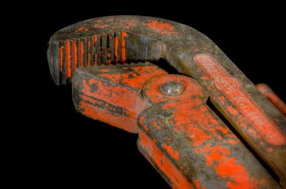 pipe-wrench-318083_1920_pixabay.jpg